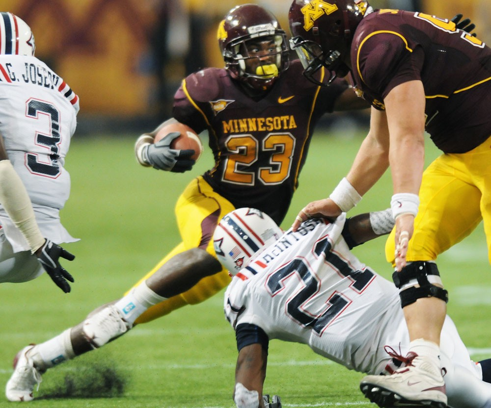 FAU suffers drubbing at the hands of undefeated Gophers