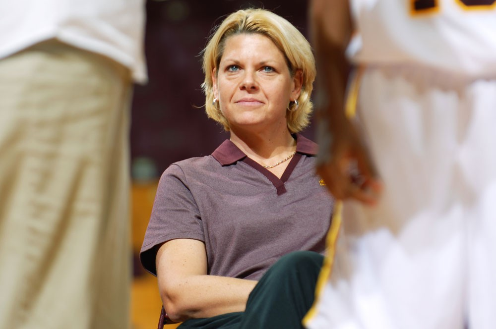 Minnesota women's basketball coach Pam Borton has a 201-107 mark in 10 seasons as a head coach including a 6-year, 132-61 record with the Gophers. Under Bortons's belt at the U is a Final Four appearance in 2004 three Sweet 16 seasons since her arrival in 2002.