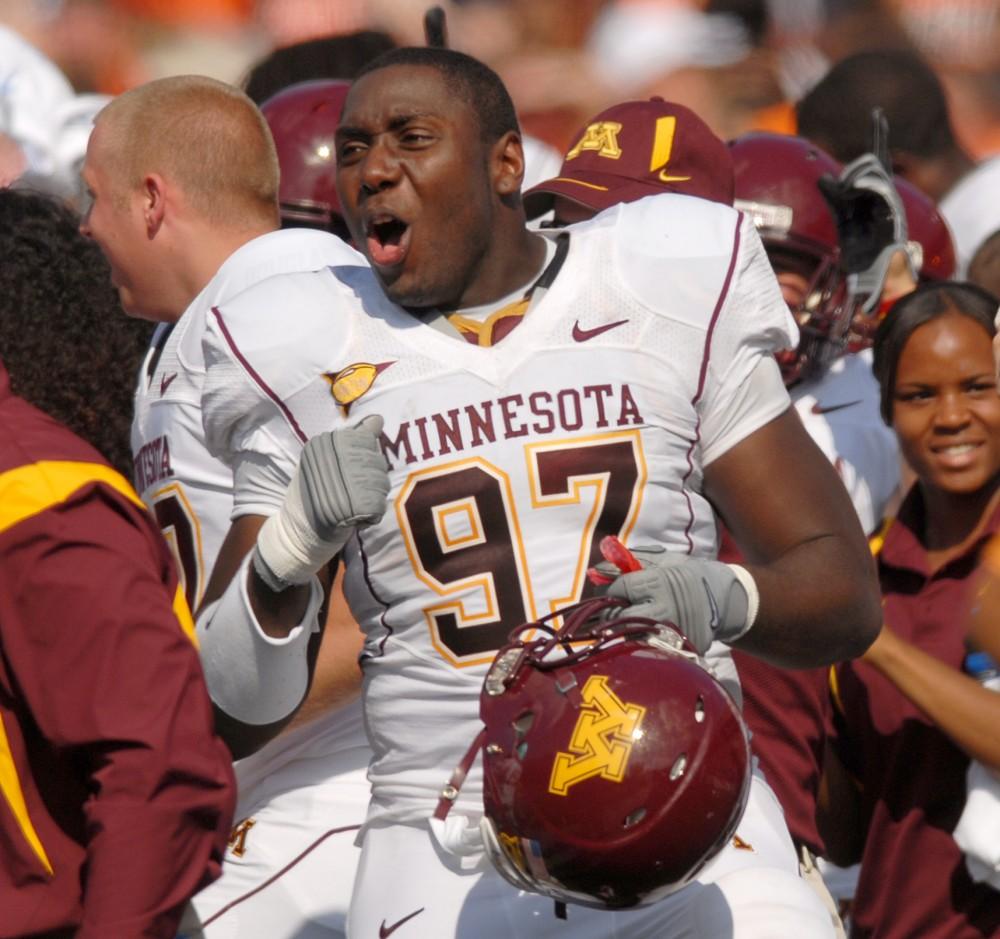 football at university of Illinois, gophers win.