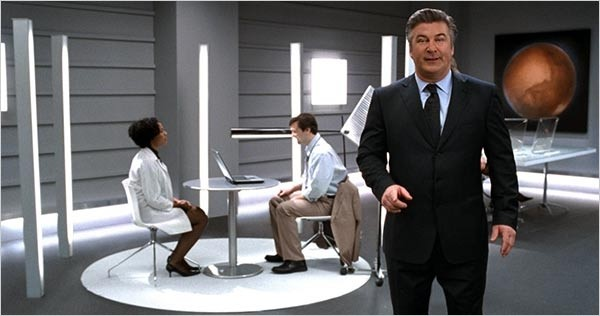 PHOTO COURTESY HULU.COM The alien known as Alec Baldwin sells Hulu on the weekends.