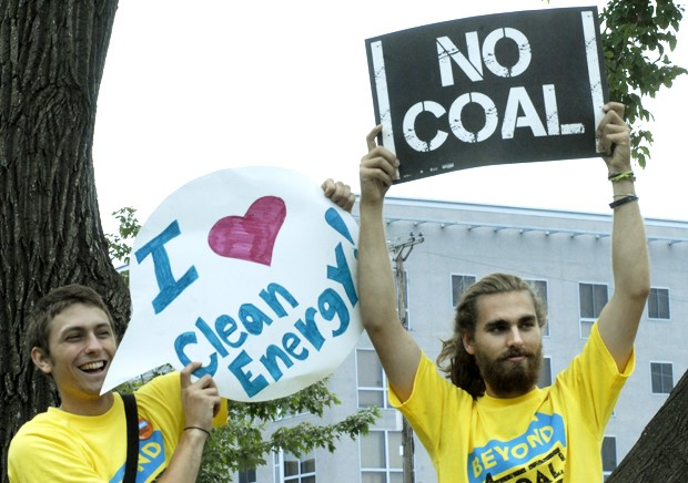 Students protest University's coal use