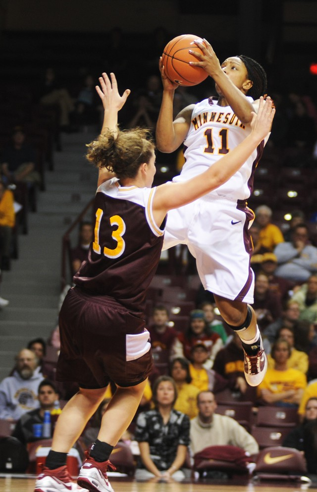 Gophers thrash UMD to put Winona loss to bed