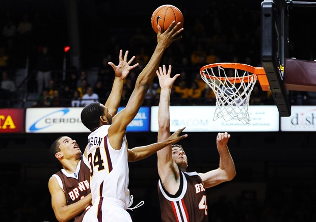 Hot start, shooting carries Gophers to win