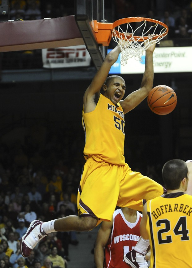 Gophers hold on to beat Badgers