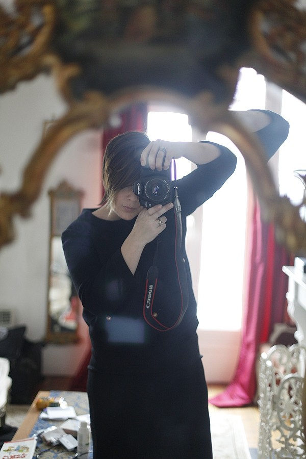 Local photographer Jenn Cress tells A&E about Paris fashion week.