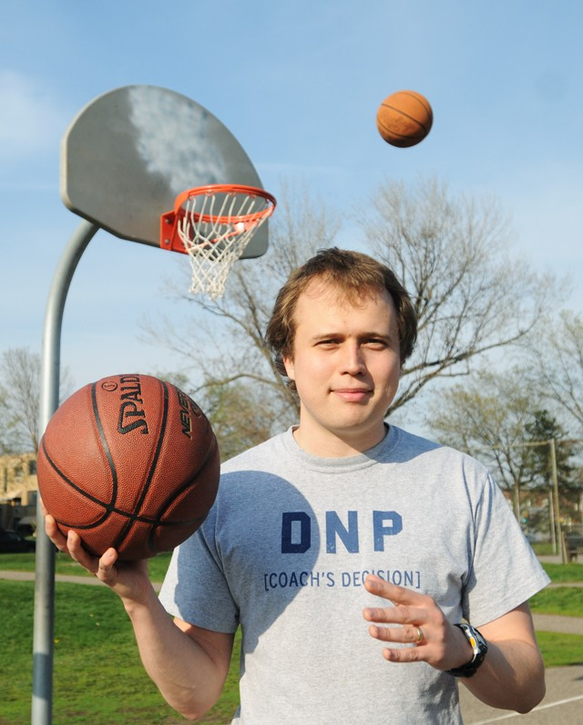 Grad student uses physics to analyze basketball
