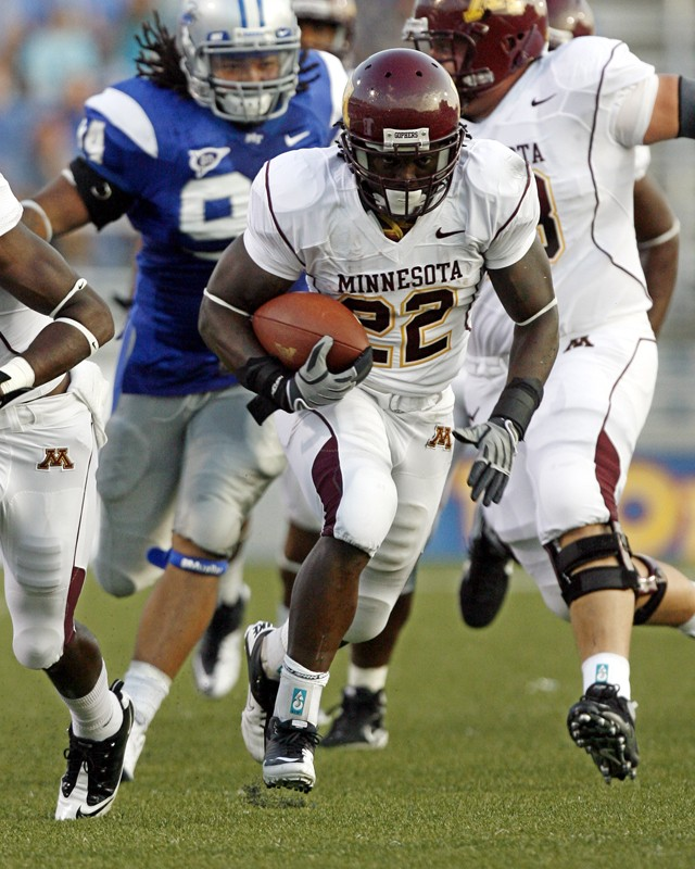Minnesota running back Duane Bennett (22) runs the ball against Middle Tennessee during an NCAA college football game Thursday, Sept. 2, 2010, in Murfreesboro, Tenn. (AP Photo/Mike Masotti)