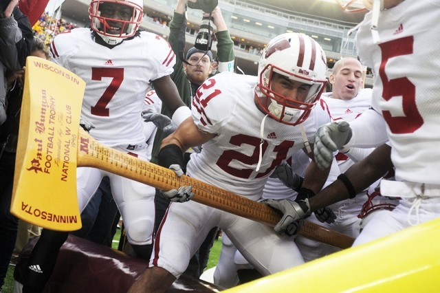 Gophers players looking to grab the axe for the first time