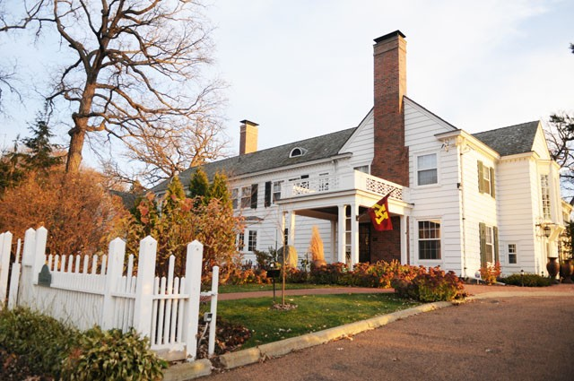 Eastcliff, the official residence of the university president since 1911, will undergo renovations this spring.  Current President Bruininks and his wife, Susan Hagstrum, have lived in the St. Paul residence since December of 2002.