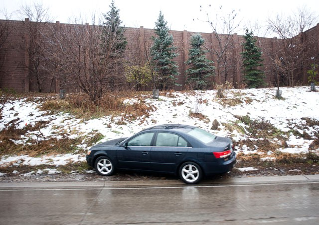 Icy roads put hundreds in ditches