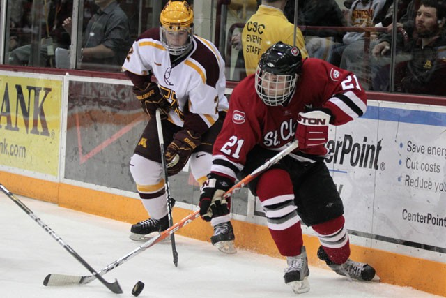 Scoring comes in floods in sweep of Colorado College