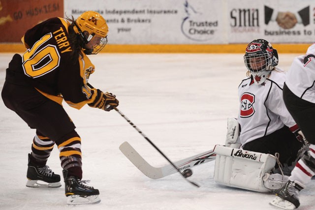 UMD continues dominance over Gophers in sweep
