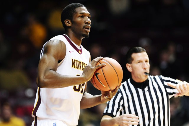 Gophers use second-half rally to drop Akron