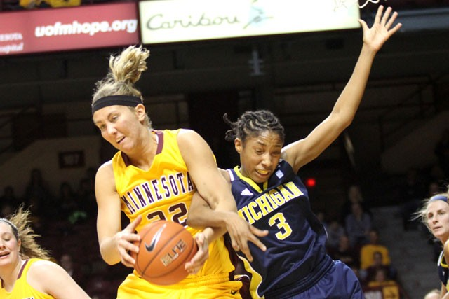 Gophers end seven-game slide, win two straight