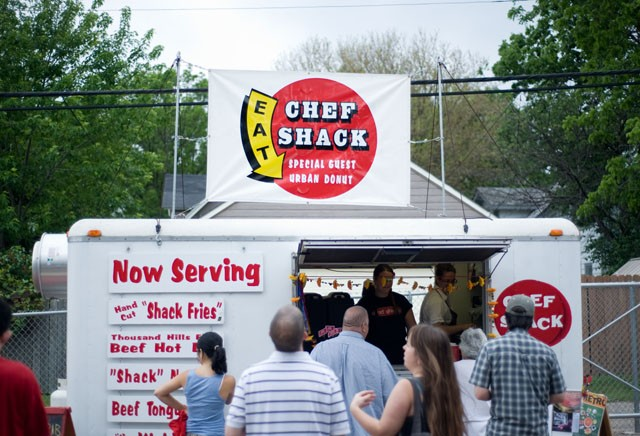 Minneapolis City Council members are exploring the expansion of an ordinance that would allow mobile food vendors like Chef Shack in more Minneapolis neighborhoods. Some vendors could be seen on the West Bank as early as this spring.
