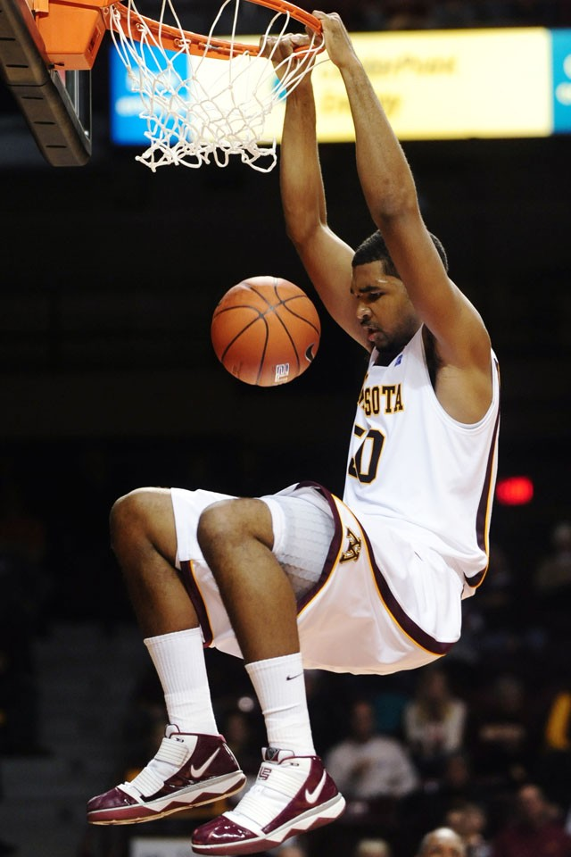 Furious comeback, then a botched final play; Gophers fall by three to Indiana