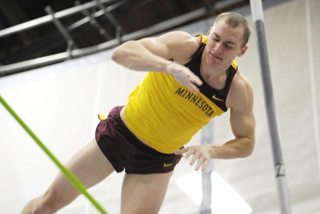 Men look to 5-peat at indoor Big 10 championships