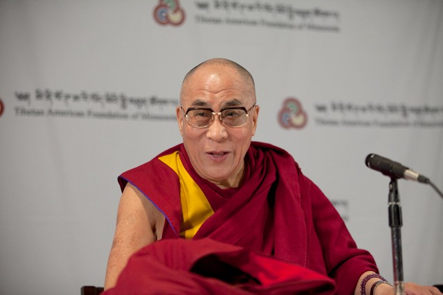 Dalai Lama opens his weekend visit with local media