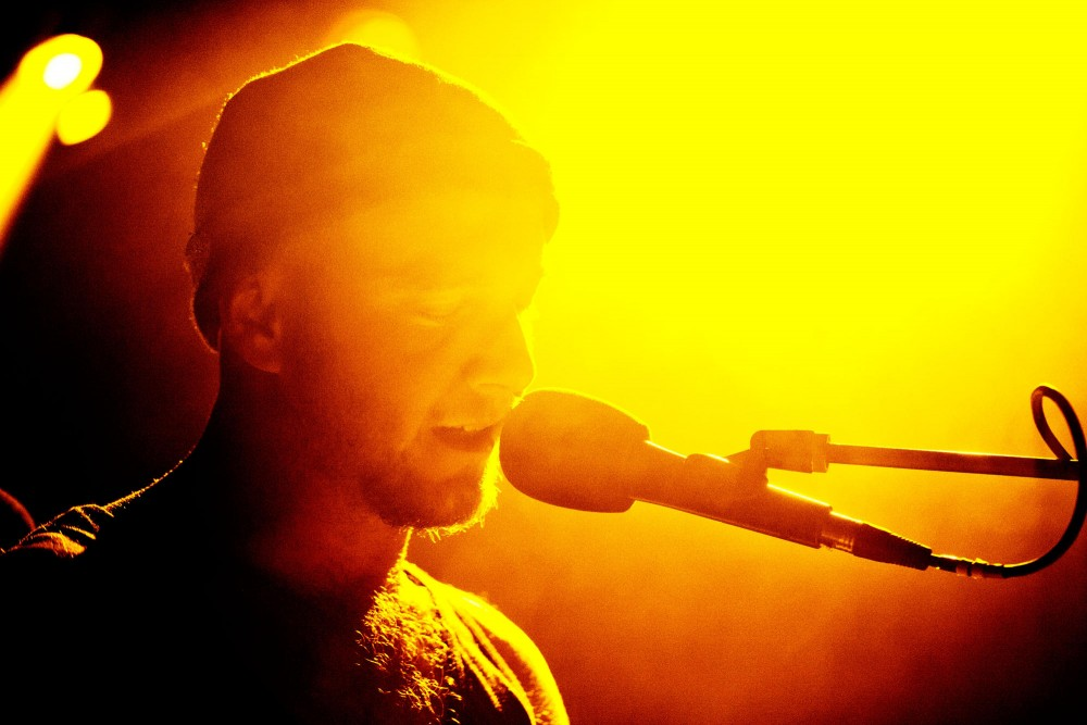 Tom Fleming with the Wild Beasts sings Tuesday night at the Varsity.