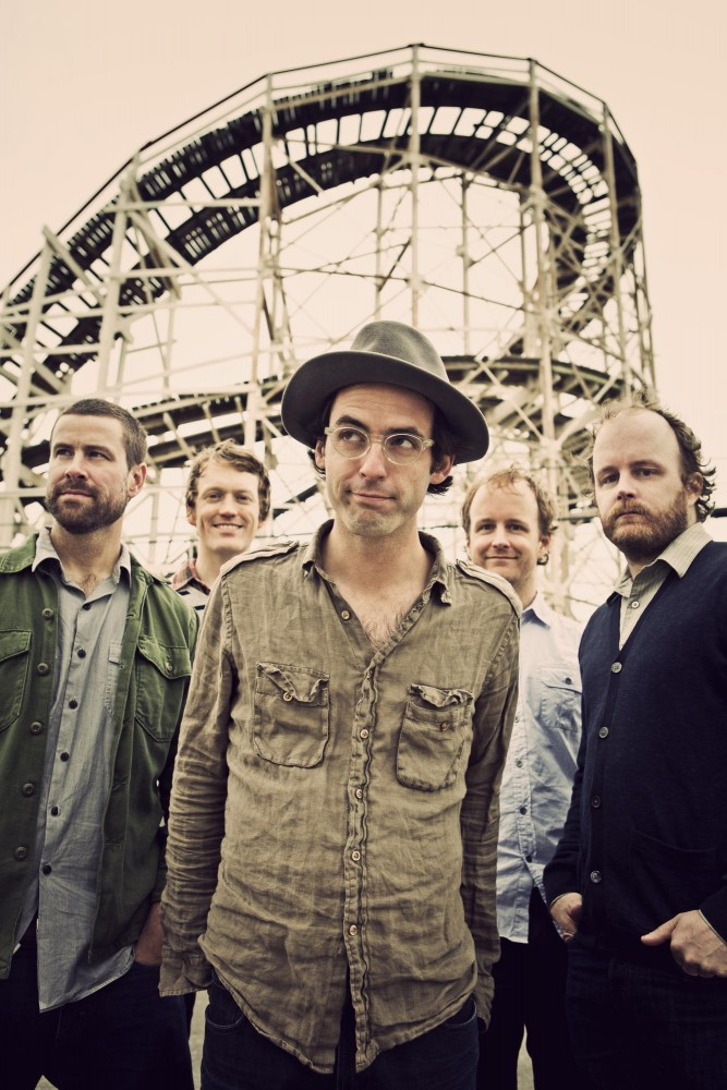 The indie rock quintet Clap Your Hands Say Yeah brags fans including David Bowie and David Byrne.