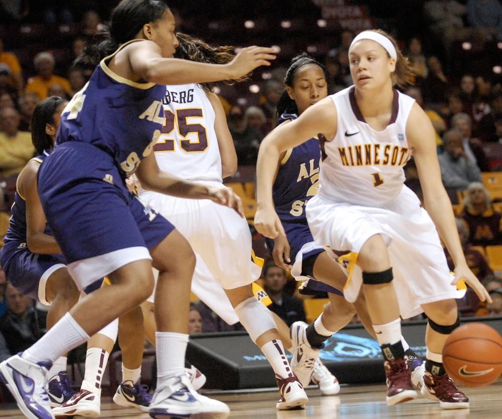 Minnesota guard Rachel Banham played against Alcorn State on Dec. 12, 2011 at Williams Arena.