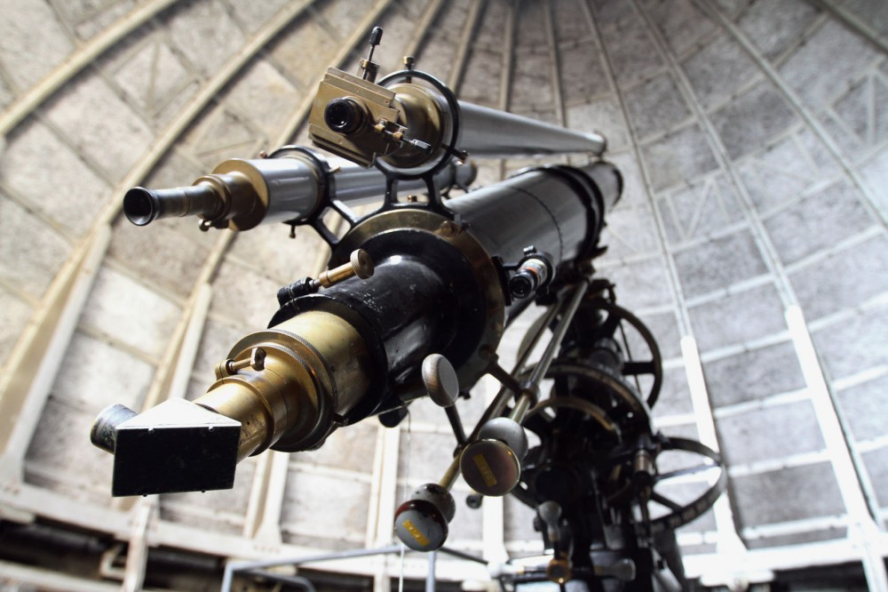 The refracting telescope inside the Tate Laboratory of Physics rooftop dome was purchased by the University in 1896. The telescope is used only for public observation nights every Friday evening during the spring and fall semesters.