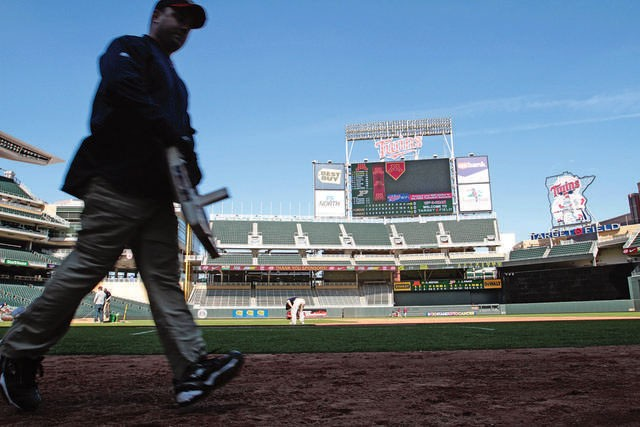 Target+Field+was+selected+to+host+the+2013+Big+Ten+championships.+The+Gophers+have+occasionally+played+games+at+the+Minnesota+Twins%27+home+field+since+it+opened+in+2010.