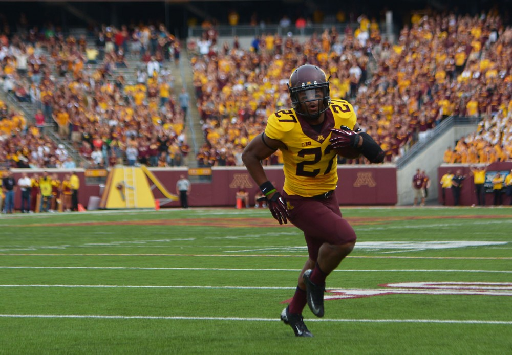 Minnesota running back David Cobb runs in for a touchdown in the second half against Western Illinois on Saturday, at TCF Bank Stadium.