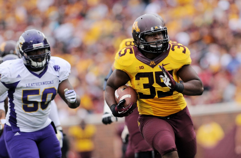 Minnesota running back Williams Rodrick Jr. runs and scores a touchdown against Western Illinois on Saturday at TCF Bank Stadium.