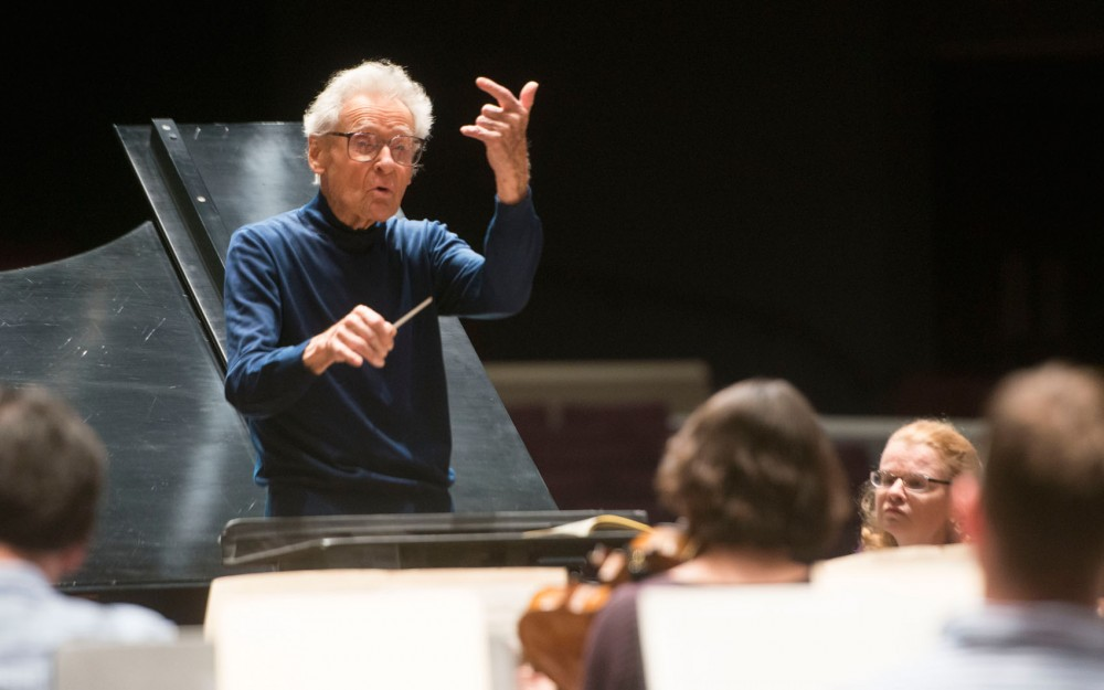 Stanislaw Skrowaczewski conducts the Minnesota Orchestra as they rehearse for an upcoming performance of