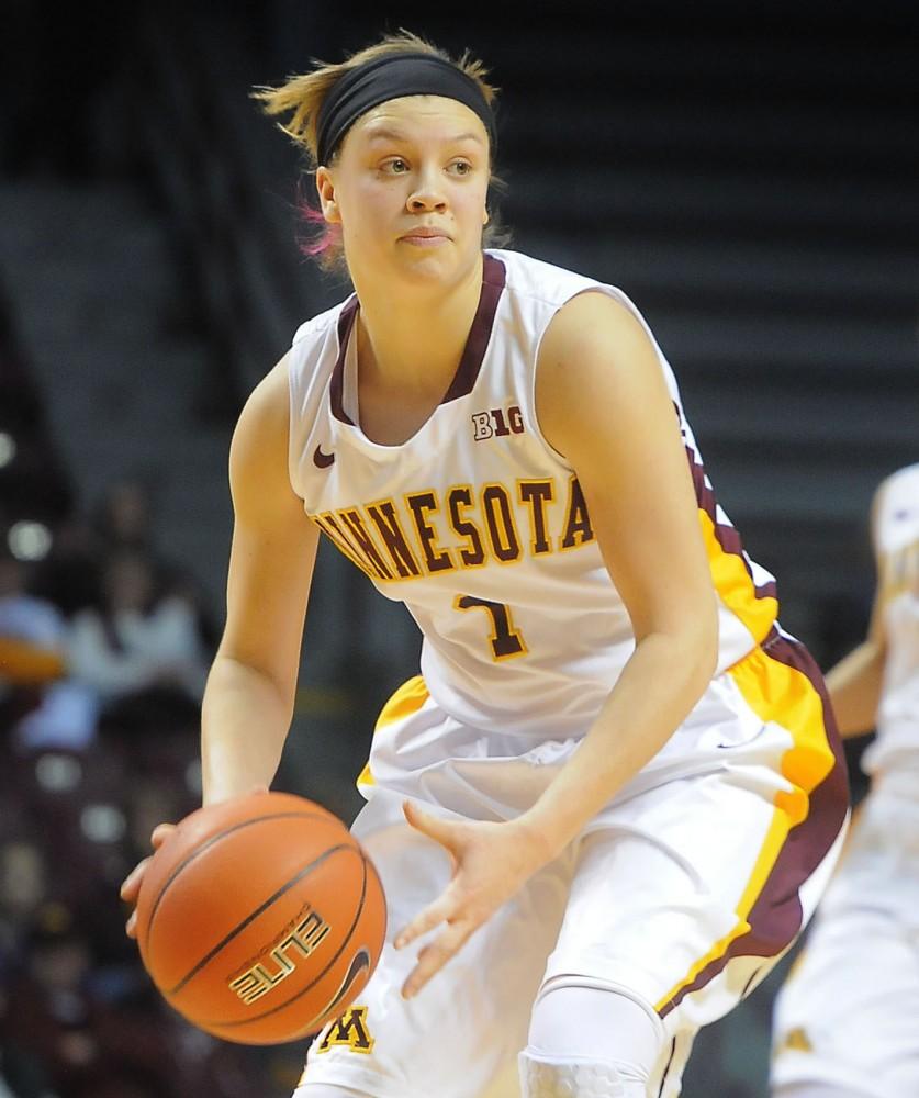 Gophers guard Rachel Banham looks to pass on Dec. 1, 2013, against North Dakota.