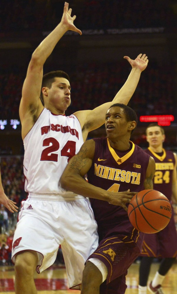 Minnesota guard Dandre Mathieu drives the ball to the basket in the second half against the Badgers on Saturday in Madison, Wis.