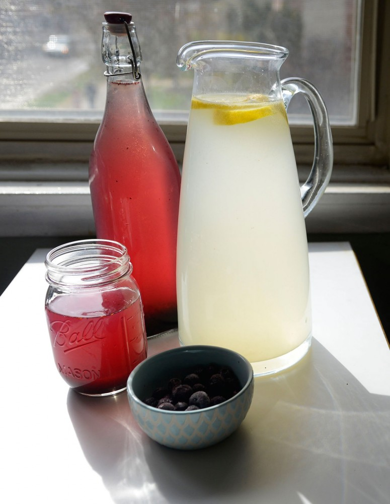 Blueberry lemonade and ginger ale with lemons serve as refreshing drinks in the spring.