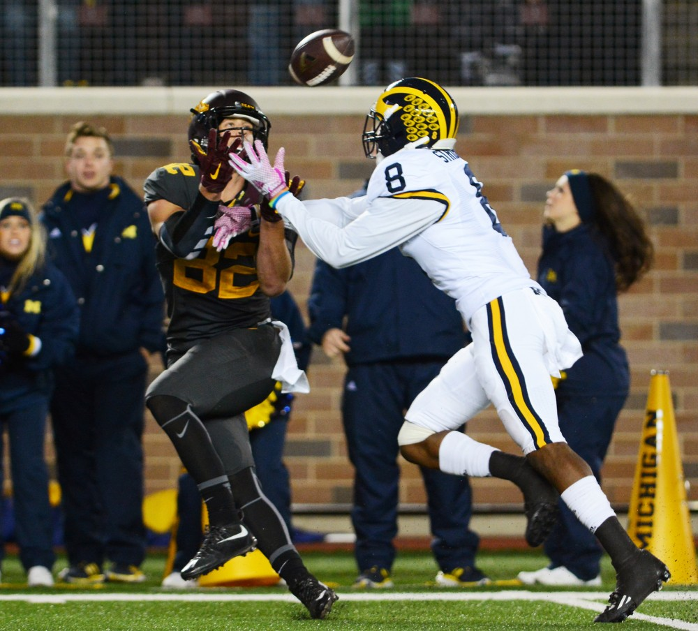 Minnesota wide receiver Drew Wolitarsky prepares to catch a pass from quarterback Mitch Leidner in the final minute of Saturdays game at TCF Bank Stadium, where the Wolverines defeated the Gophers 29-26. The play landed the Gophers at the 1-yard line, where they were unable to score before the games end.