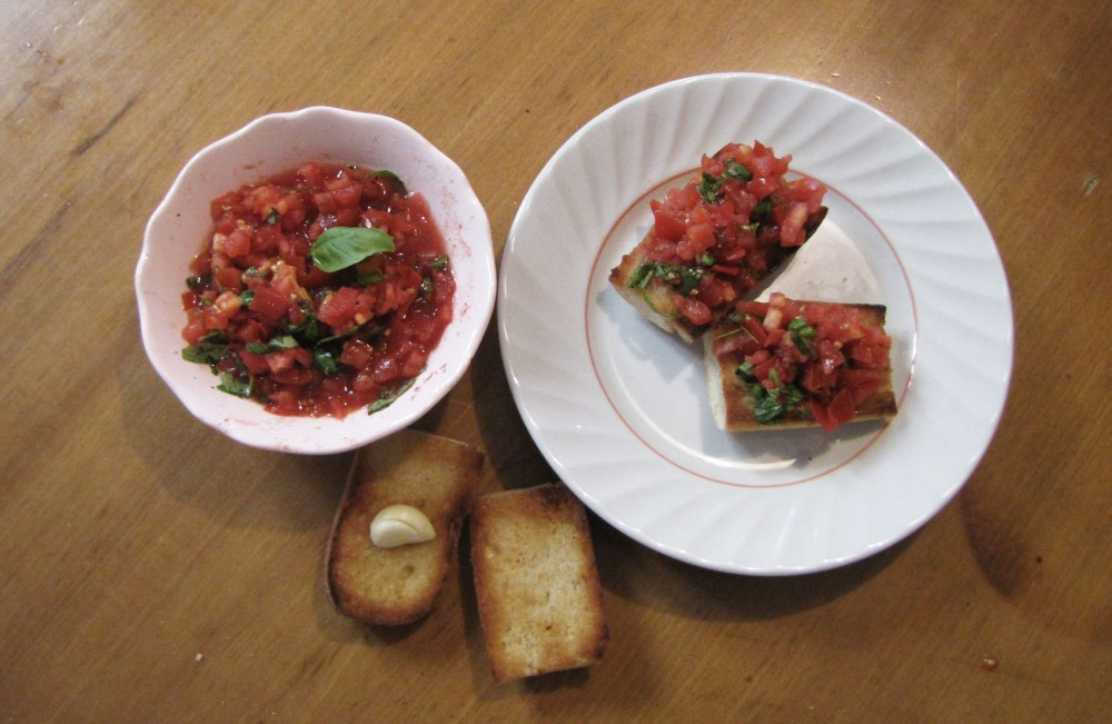 How does one pronounce bruschetta you ask? We had our very own Yena Lee report from Italy herself to find that the toasted Italian bread drenched in olive oil, served with garlic and tomatoes is pronounced bru·schet·tabro͞oˈsKedə. A recipe straight from the famously delicious boot shaped country to your Kitchen.