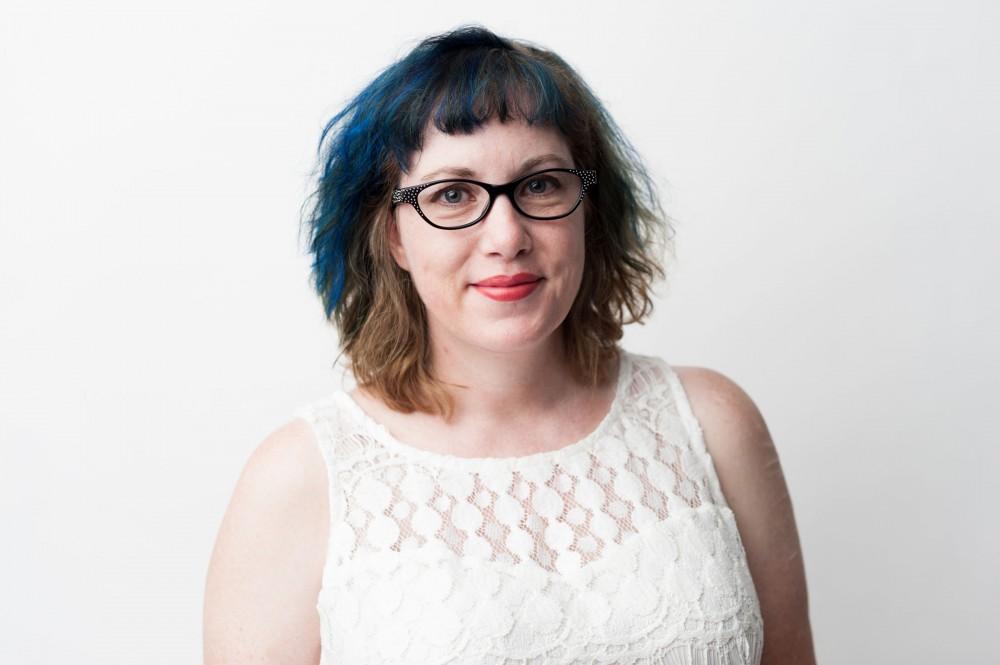 U alum's novel, 'Girl in Pieces' addresses mental health