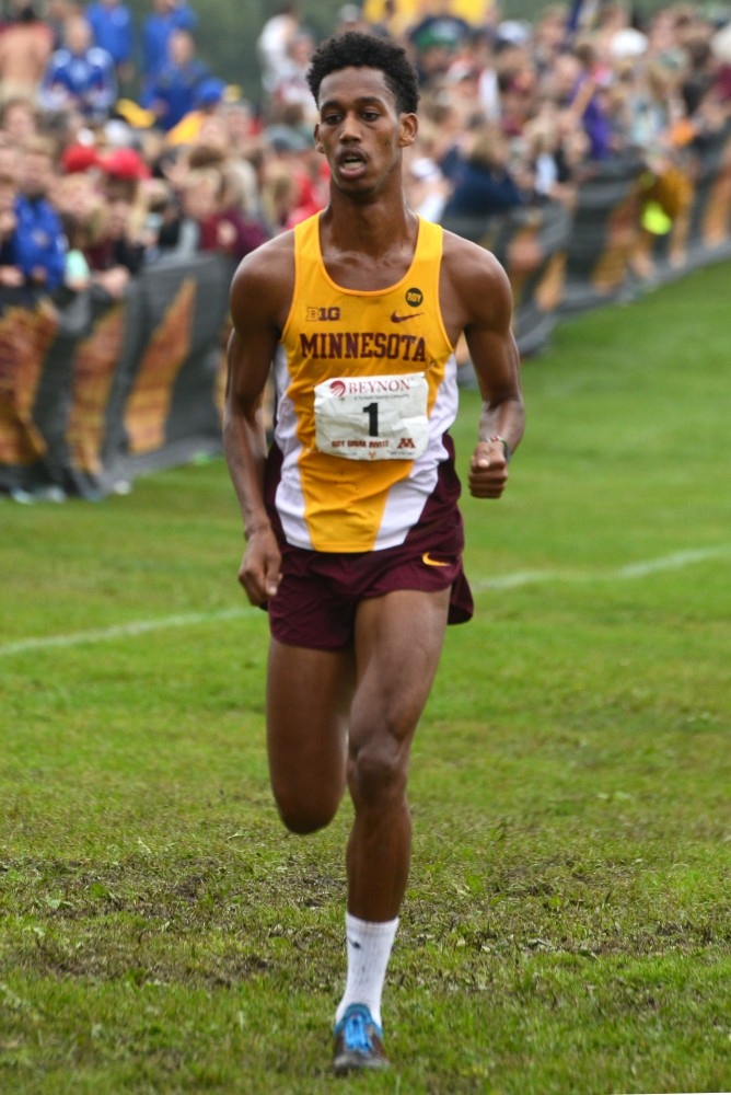 Junior Obsa Ali runs in the Merrill Fischbein Men's Gold race at the Roy Griak Invitational on Saturday, Sept. 24, 2016 at Les Bolstad golf course.