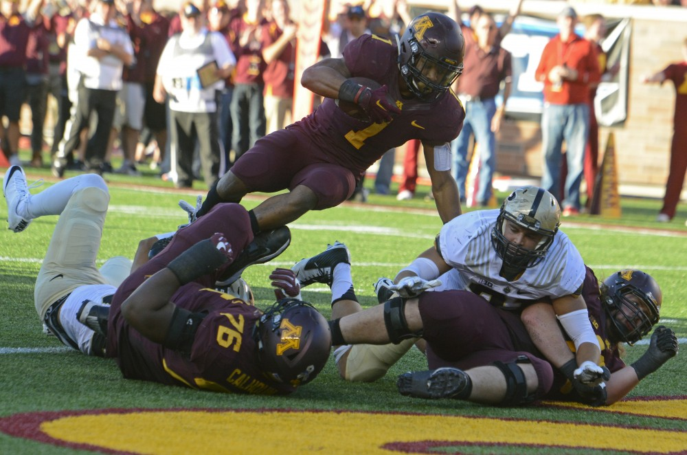 Gophers running back Rodney Smith scores a touchdown in the second quarter of their game against Purdue at TCF Bank Stadium on Nov. 5, 2016.