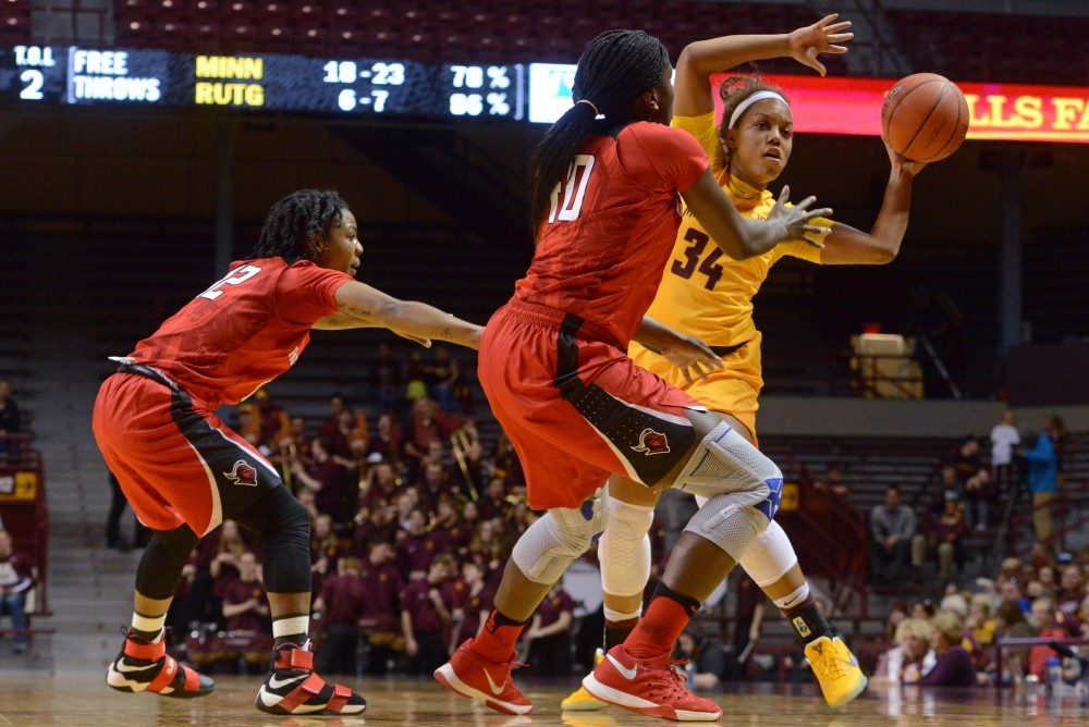 Golden Gophers 34 Freshman Guard Gadiva Hubbard looks to pass on Saturday Feb. 11, 2017 at Williams Arena. The Gophers won 80-46 against Rutger's University.