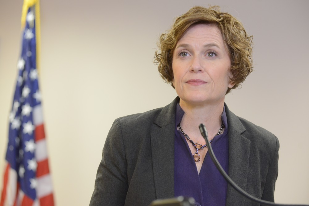 Mayor Betsy Hodges speaks on Police Chief Jane