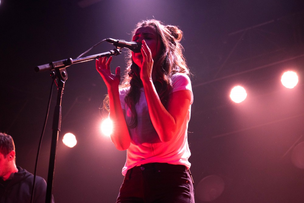 Soulful and musically contemplative Amy Shark from the Gold Coast, Australia opens for Vance Joy last Thursday at First Avenue.