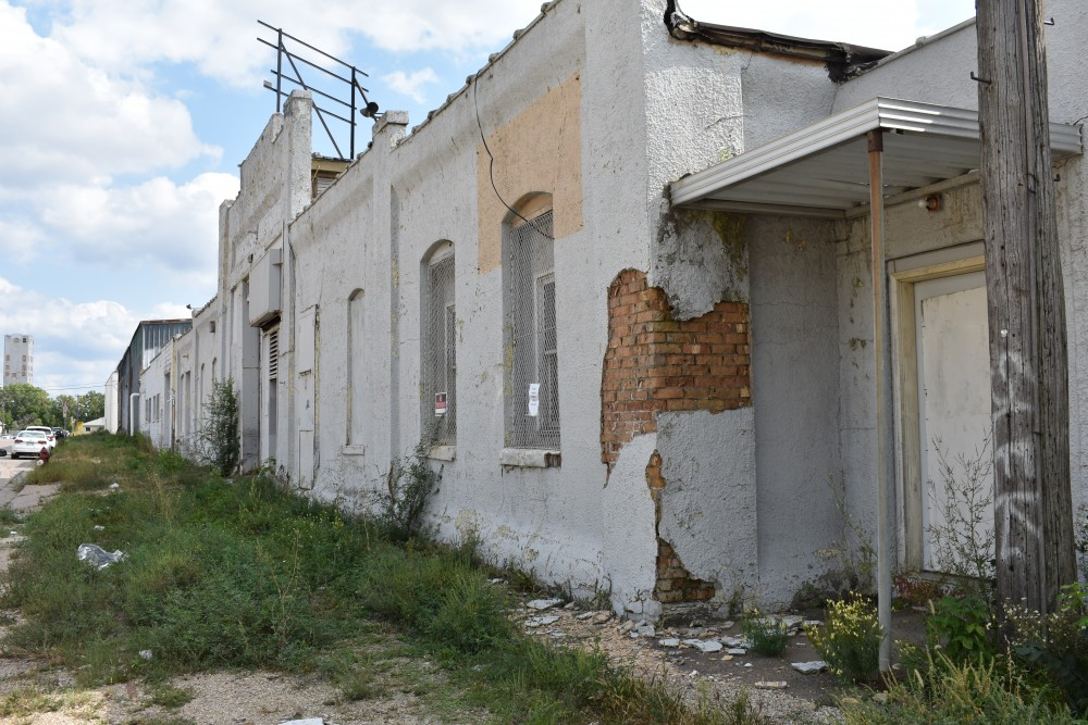 The abandoned warehouse at 622 9th Street SE awaits demolition Thursday, Sept. 14. The building was formerly used by Despatch Oven Company and will be replaced by a five-story hotel.