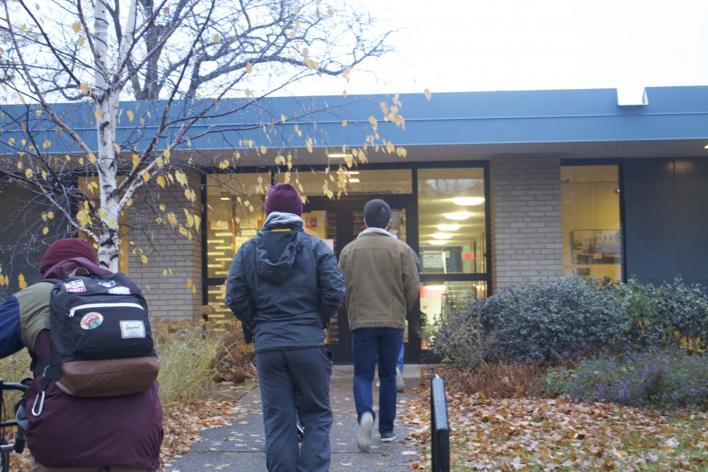 Voters entering University Lutheran Church of Hope in Dinkytown right after polls opened at 7 a.m. Tuesday, Nov. 6, 2018.