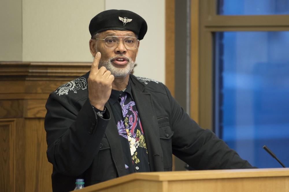 Professor John Wright speaks on Wednesday, April 17 in Walter Library.