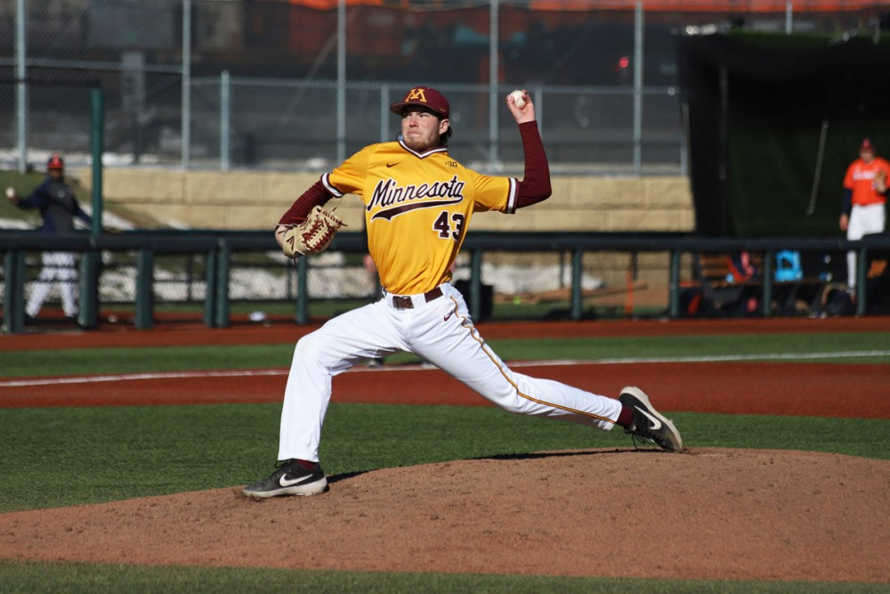 Ryan Duffy pitches the ball to Illinois on Sunday, April 14 at Siebert Field. The Gophers lost 3-13 to Illinois.