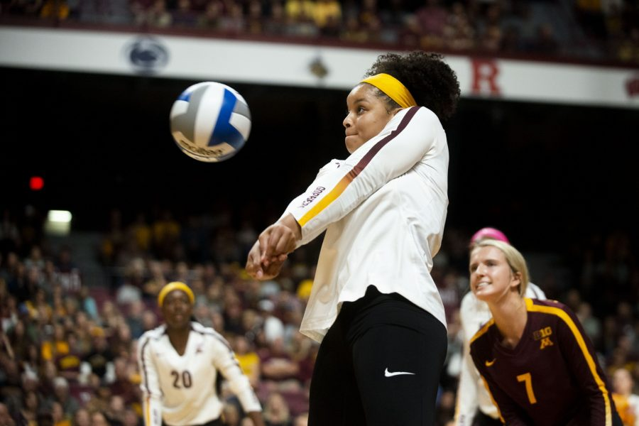 Outside+Hitter+Alexis+Hart+receives+the+ball+at+the+Maturi+Pavilion+on+Saturday%2C+Sept.+7.+The+Gophers+defeated+Florida+3+sets+to+0+for+their+home+opener.+