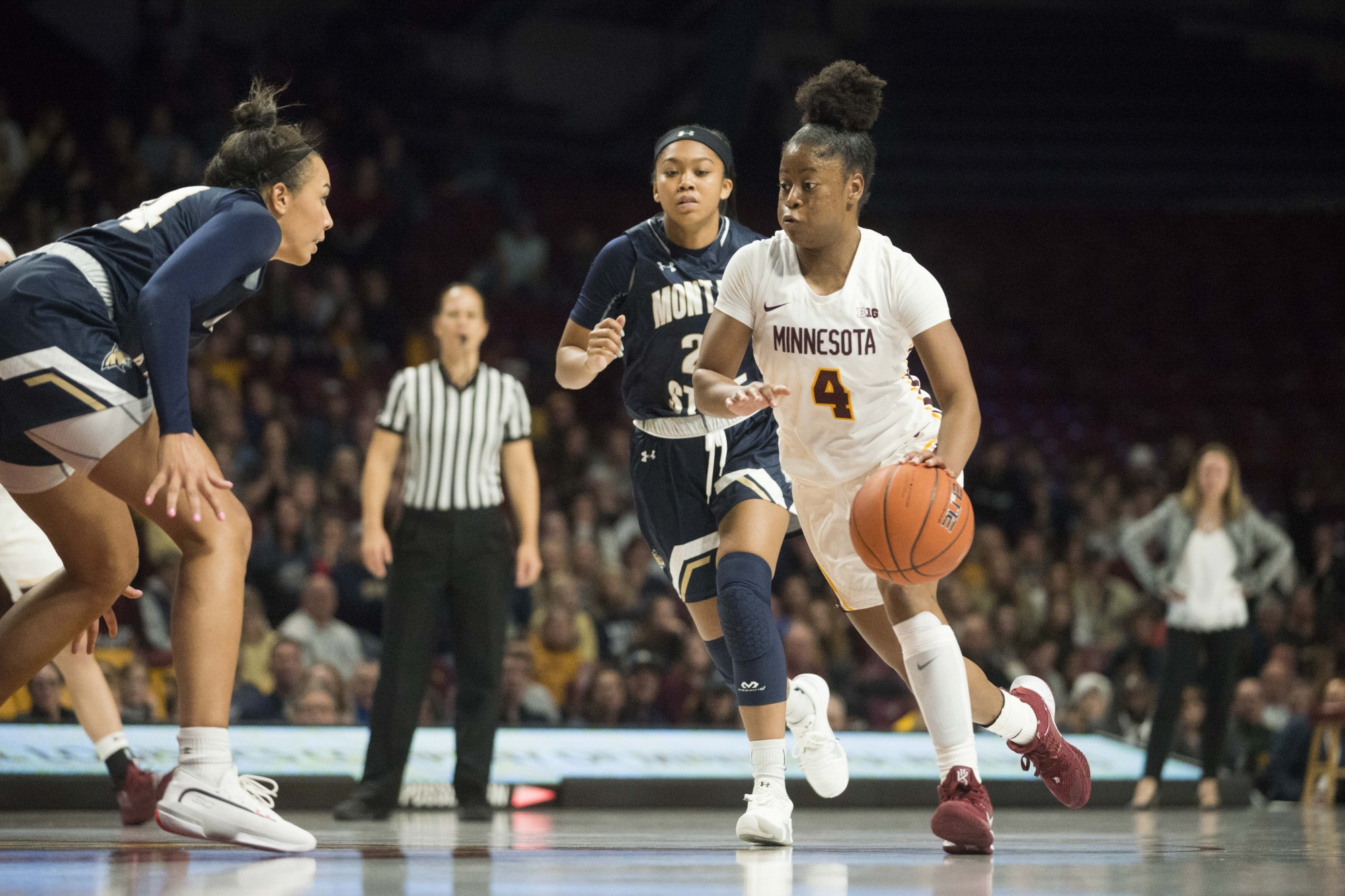 Guard Jasmine Powell looks to drive towards the hoop in Williams Arena on Saturday, Nov. 23. The Gophers went on to defeat Montana State 71-60.