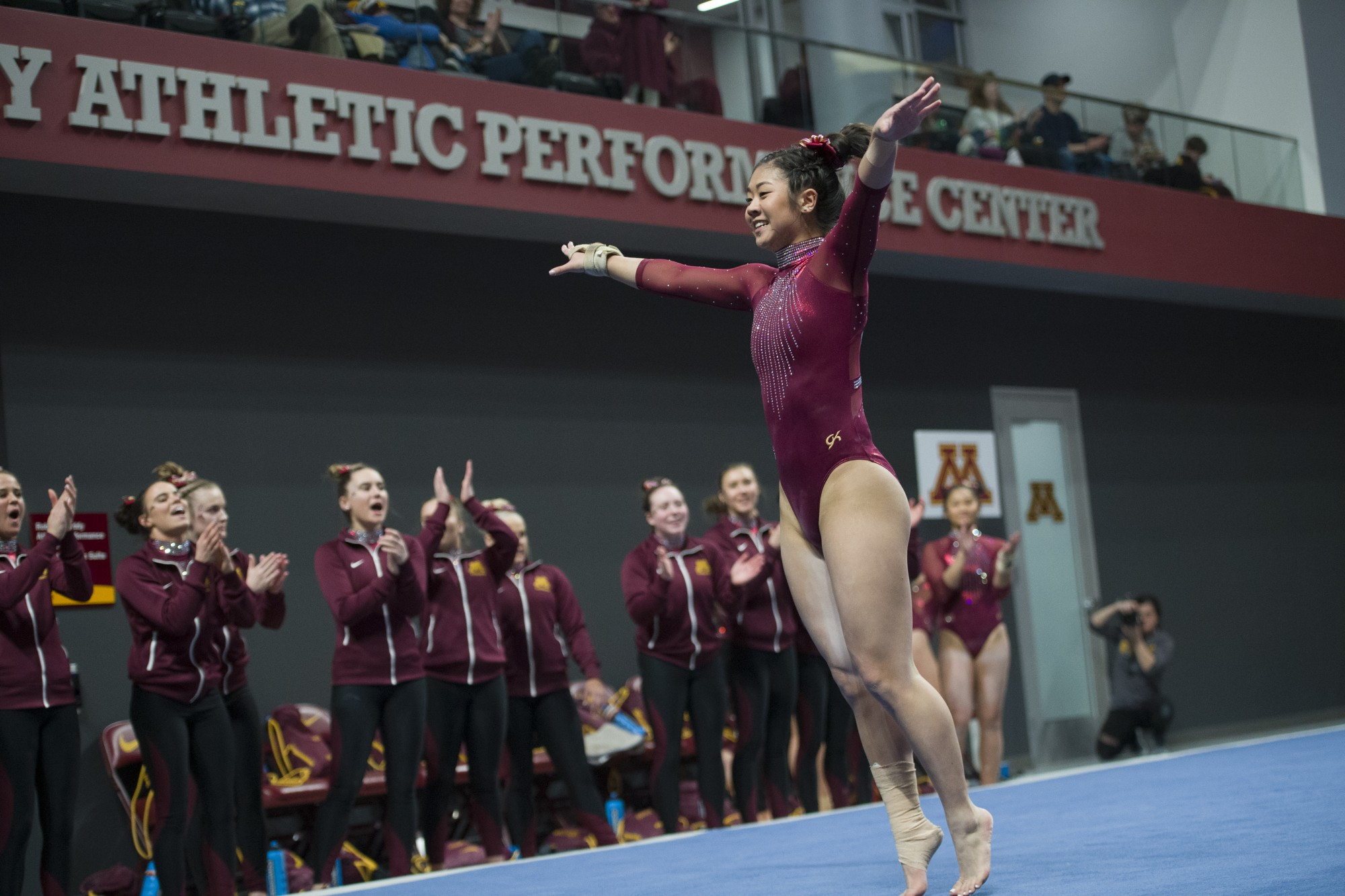 Ali Sonier performs a routine.