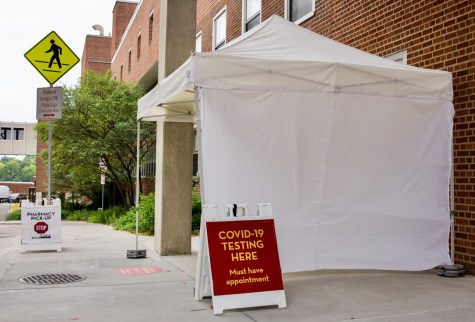 Boynton Health's east bank location COVID-19 testing stations stands empty on Wednesday, Sep. 16. As stated on signs surrounding the tent, patients must schedule an appointment in advance in order to receive a COVID-19 test.