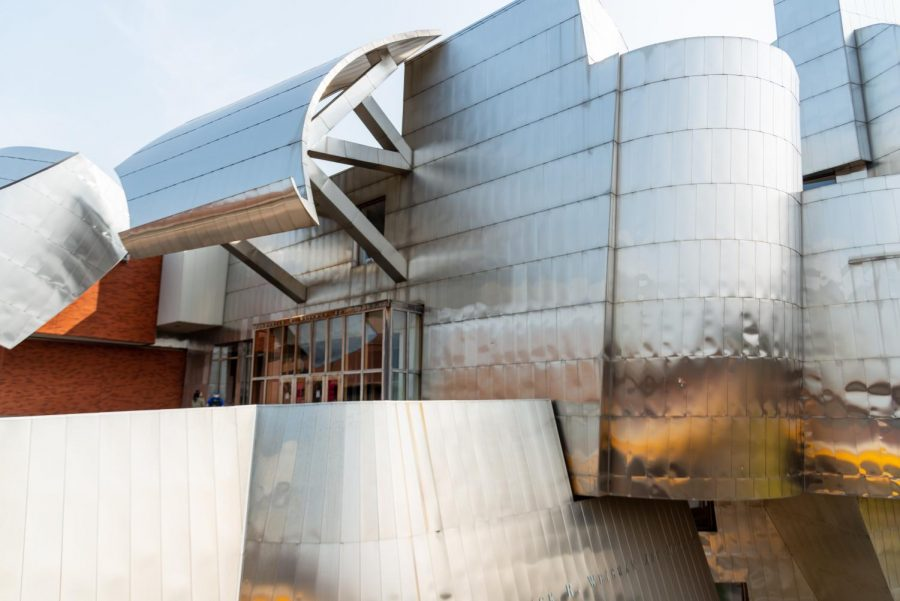 The Weisman Art Museum stands on Sunday, Sept. 20. The museum received objects from the Mimbres collection in 1992.
